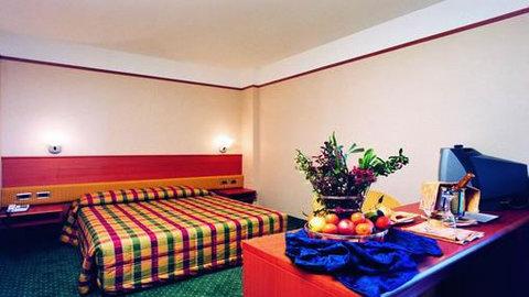 Nicotel San Giovanni Rotondo - Guest room