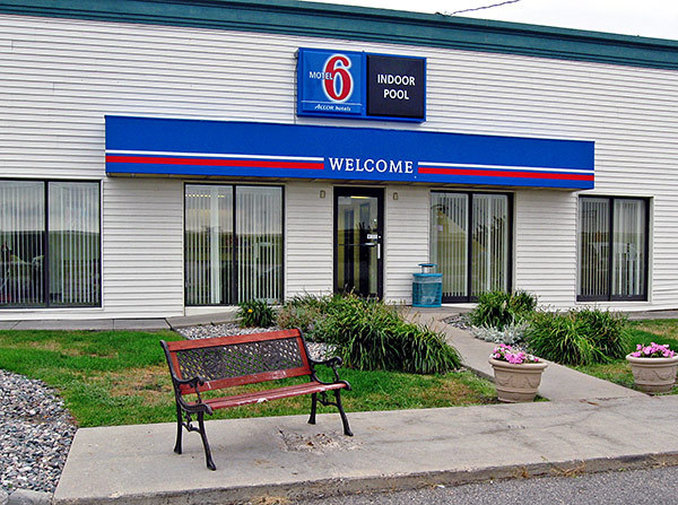 Motel 6 - Fargo, ND
