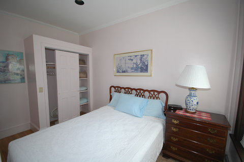 The Copley House - Room Bed