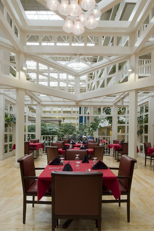 Embassy Suites Atlanta - Airport Restaurang