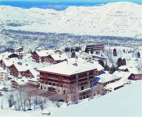 玛加尔黎巴嫩青山温泉度假洲际酒店 - Hotel Exterior