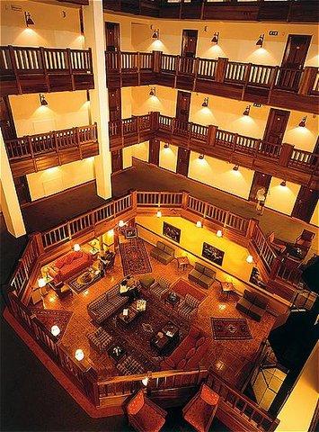 玛加尔黎巴嫩青山温泉度假洲际酒店 - Hotel Lobby