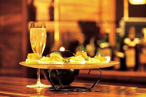 玛加尔黎巴嫩青山温泉度假洲际酒店 - Bar Lounge