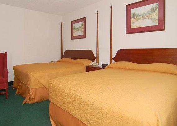 Camden Plaza Hotel - Pasadena, TX