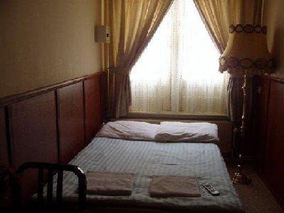 Hotel Ramenas City Centre - Guest room
