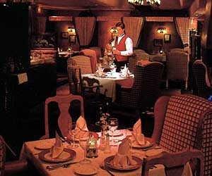 Desert Inn Hotel - Lancaster, CA