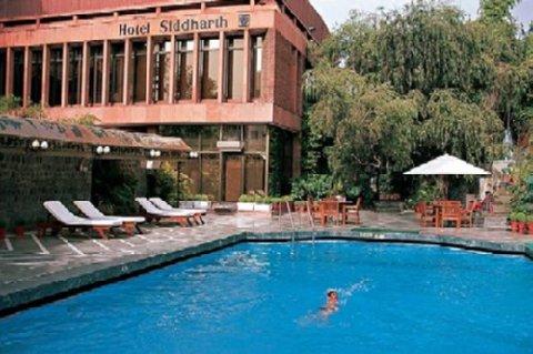Jaypee Siddharth - Pool View
