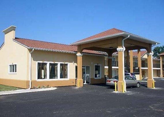 Quality Inn & Suites Ulkonäkymä