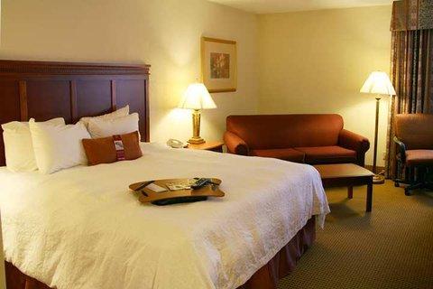 Hampton Inn Dallas-North-I-35E At Walnut Hill - Guest Room