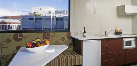 Fountainside Hotel - Suite Apartment