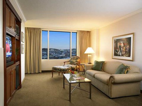 Hilton Nashville Downtown - Suite