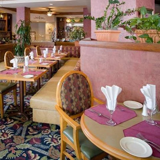 Doubletree Guest Suites Raleigh-Durham Gastronomía