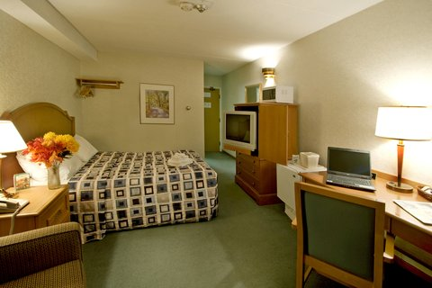 Comfort Inn Miramichi - Queen Room