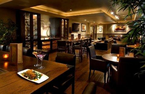 Omni Barton Creek Resort & Spa - Bartons Lounge