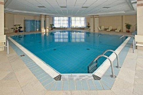Rubin Wellness & Conference Hotel - Indoor Pool