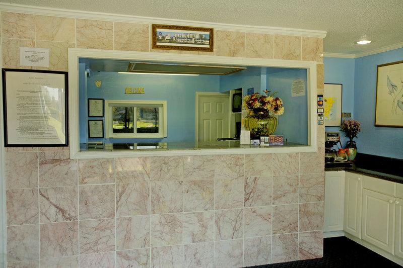 Americas Best Value Inn - Portsmouth, VA