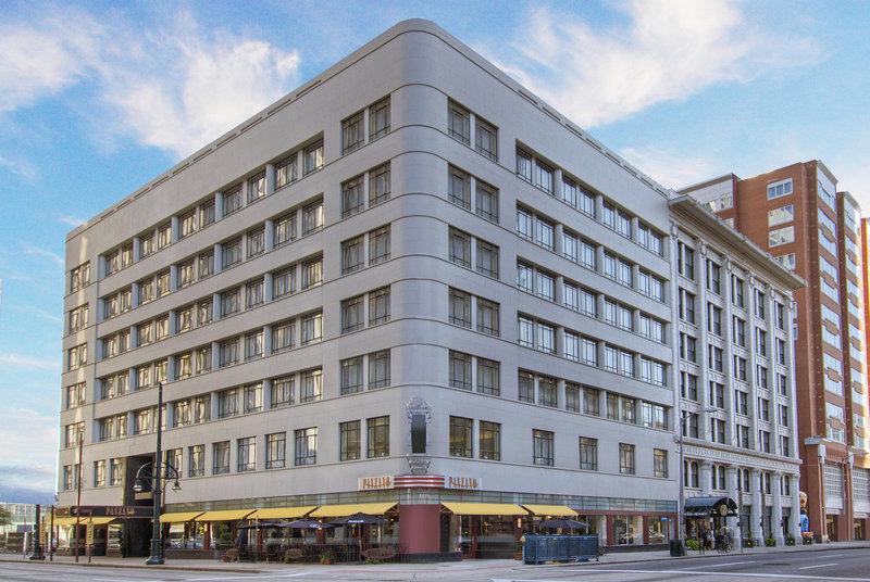 Monaco denver denver co for Best boutique hotels denver