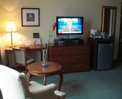Best Western Mara Inn - Guest Room