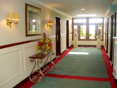 Best Western Mara Inn - Interior