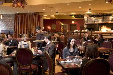 Monaco Seattle A Kimpton Hotel - Dining at Sazerac Restaurant