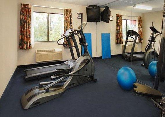 Comfort Inn Jamestown Fitness Club