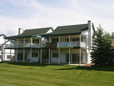 Chief Golf Cottages - Exterior View
