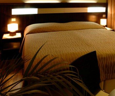 Wienna Hotel - Guest Room