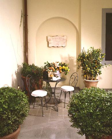 Residence Hilda - Courtyard
