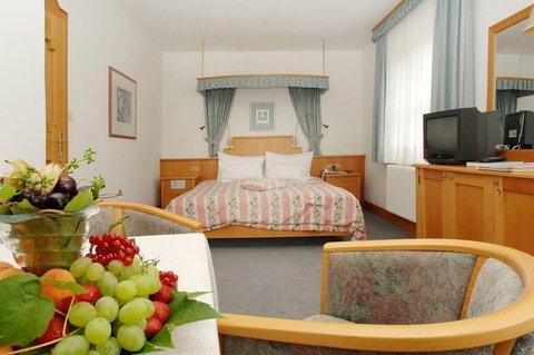Romantik Hotel Im Weissen Roessl - Guest Room