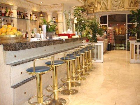 赫里尼斯酒店 - MAIN BAR