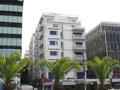 赫里尼斯酒店 - HOTEL HELLINIS