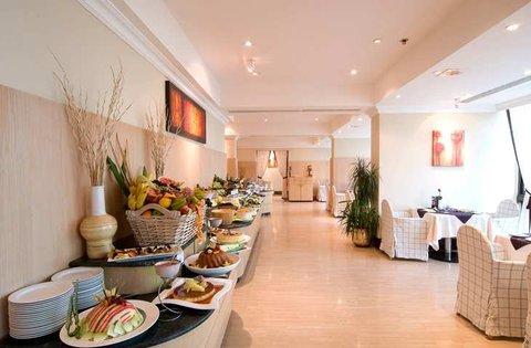 فندق هلتون كورنيش ابارتمنتز  - Restaurant
