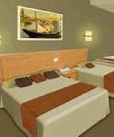 Hanoi Royal Lotus Hotel - Deluxe Double Room