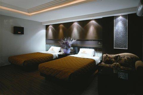 Incheon Airport Hotel June - Standard TWIN