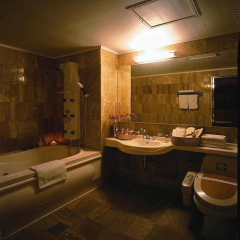 Incheon Airport Hotel June - Bathroom