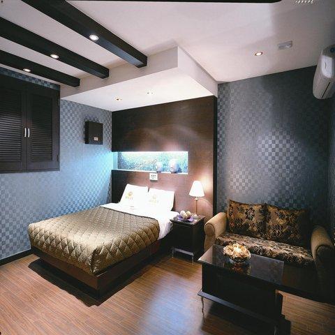 Incheon Airport Hotel June - Deluxe Queen