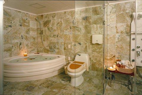 Incheon Airport Hotel June - Jacuzzi Bath