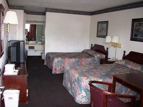 Country Hearth Inn Hotel - Double