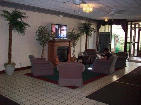 Country Hearth Inn Hotel - Lobby