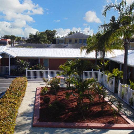 Economy Inn West Palm Beach - West Palm Beach, FL