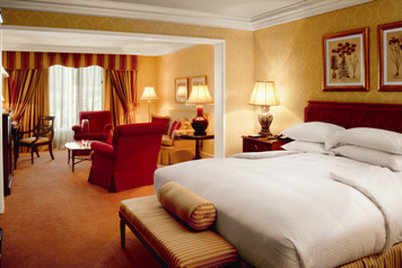 The Ritz-Carlton Santiago Bazén