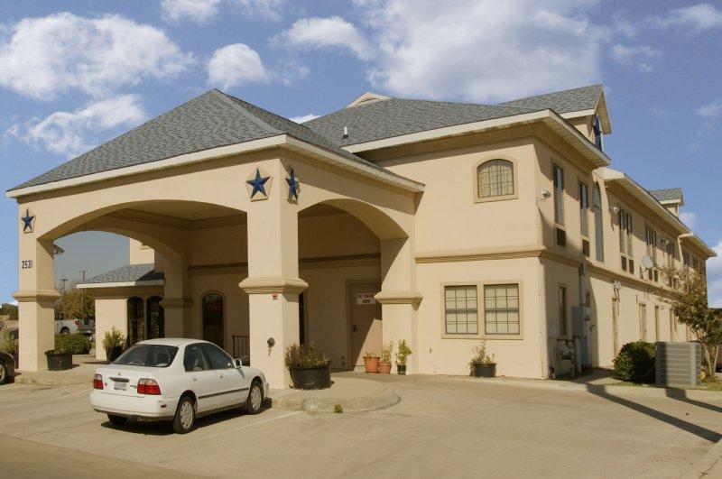 Americas Best Value Inn - Irving, TX