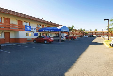 Americas Best Value Inn - Exterior 3