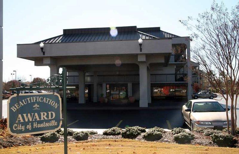 Hampton Inn Huntsville Außenansicht