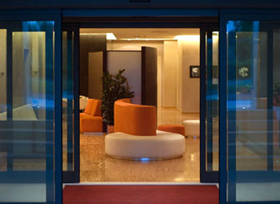 Best Western Hotel Major - Hotel Entrance