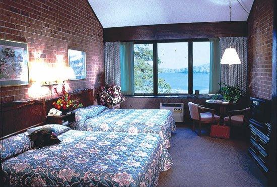 Split Rock Resort - Lake Harmony, PA