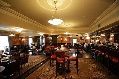 Buswells Hotel - Buswells Bar