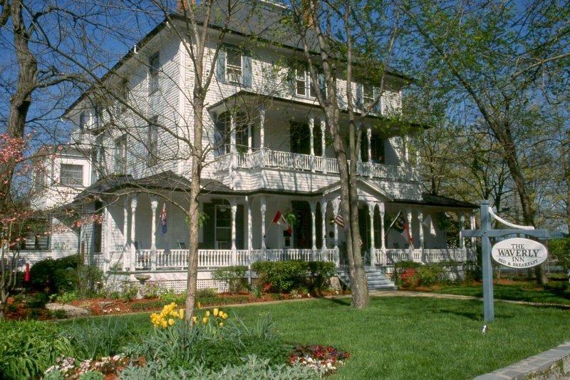 1898 Waverly Inn - Hendersonville, NC