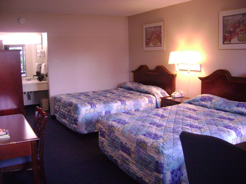 Budgetel Inn - Wilmington, NC