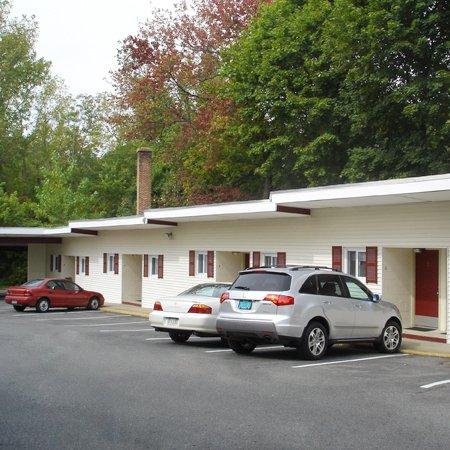 Bedford Motel - Bedford, MA